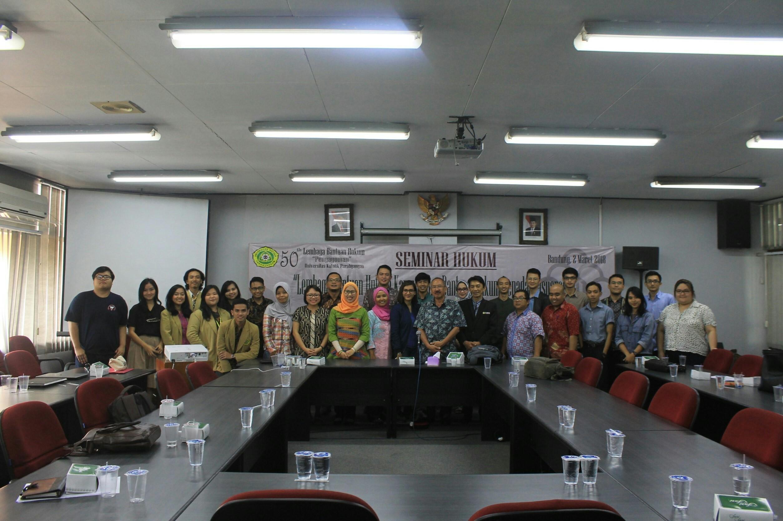 "Seminar Hukum ""Lembaga Bantuan Hukum Kampus dan Bantuan Hukum kepada Masyarakat"""