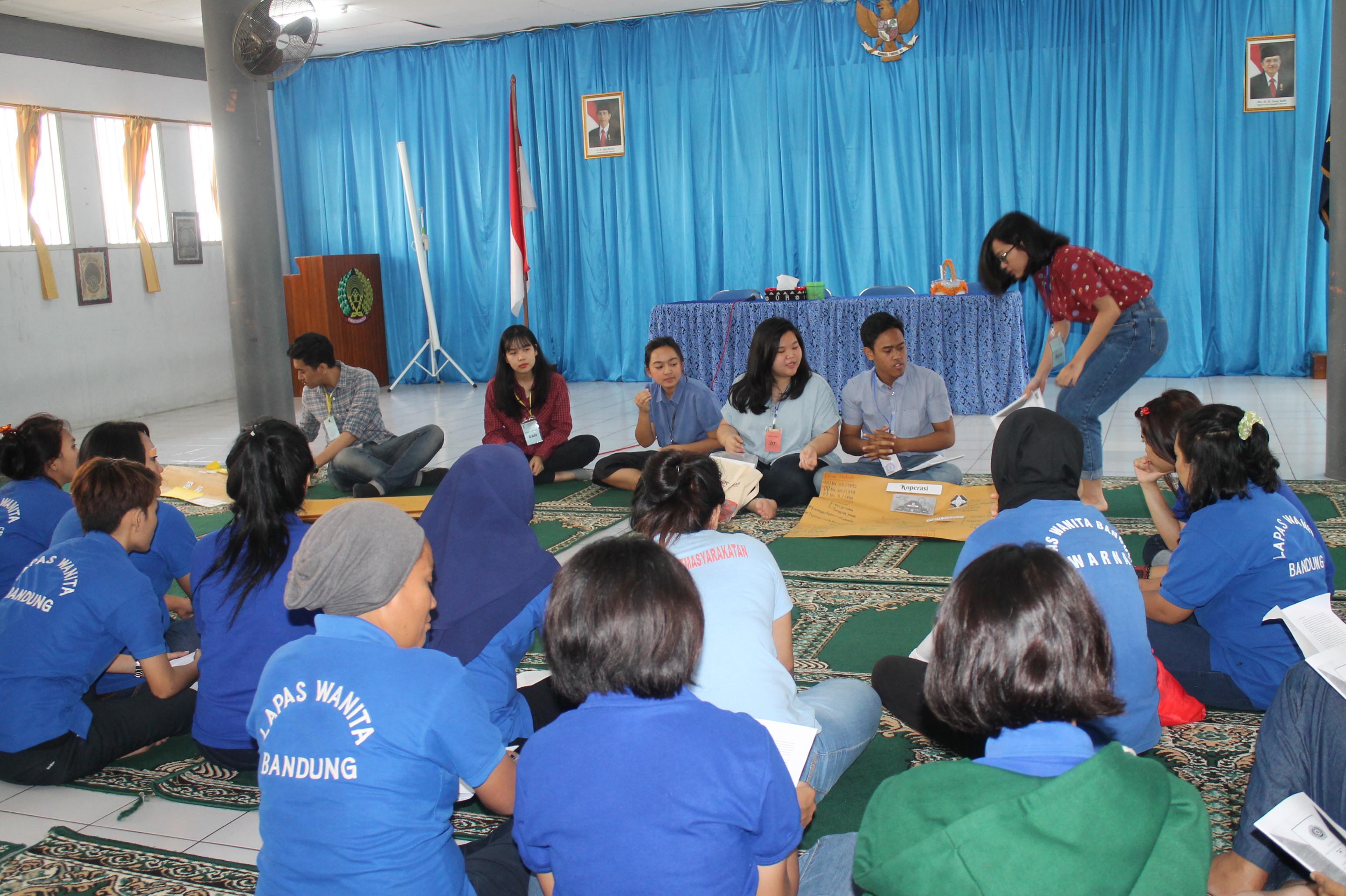 """Penyuluhan Hukum """"Pengaturan Koperasi Simpan Pinjam sebagai Badan Hukum di Indonesia"""" di Lembaga Pemasyarakatan Klas II Bandung"""